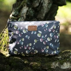 Jasmine Navy Make Up Bag